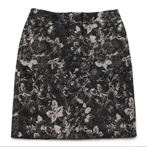 Ann Taylor Skirts - Ann Taylor Black Gold Career Tapestry Skirt